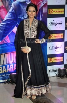 It was a navy blue Manish Malhotra anarkali for Once Upon A Time In Mumbaai Dobaara actress Sonakshi Sinha. She paired her suit with a BV clutch and nude peep-toes. (Photo: Varinder Chawla)