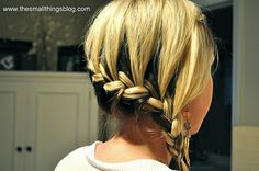 French Braid Tutorials: Side Braided Hairstyles for Girls The French braid coiffure seems attractive and beautiful. Cute Braided Hairstyles, Pretty Hairstyles, Girl Hairstyles, French Hairstyles, Easy Hairstyle, Side French Braids, Shoulder Length Hair, Great Hair, Looks Cool