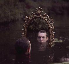Autoportrait - Kyle Thompson