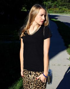 Tiffany Leigh Interior Design: My Wild Side: Leopard Pants, black tee, and statement necklace Leopard Pants, Clothing Items, Tiffany, T Shirts For Women, Interior Design, Stylish, Tees, Womens Fashion, Board