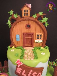 Masha and the Bear - Cake by Sheila Laura Gallo - CakesDecor