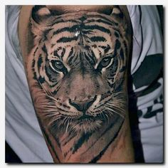 ▷ 1001 ultra coole Tiger Tattoo Ideen als Inspiration tattoos tattoos brazalete tattoos designs tattoos espalda tattoos face tattoos frauen tattoos hombro tattoos leg tattoos meaning tattoos men tattoos sleeve tattoos small tattoos vorlagen tattoos women Realistic Tiger Tattoo, Tiger Head Tattoo, Tiger Tattoo Sleeve, Japanese Tiger Tattoo, Big Cat Tattoo, Diy Tattoo, Tattoo Fonts, Sleeve Tattoos, Tattoo Quotes