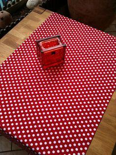 """Tischdecken - """"Alle Zeichen stehen auf rot""""  - Tischläufer - ein Designerstück von XBergDesign bei DaWanda"""