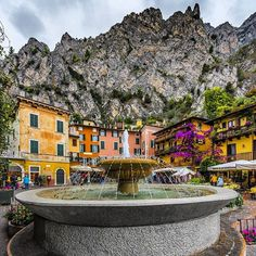 #Repost @titti_tizzi  Limone sul Garda #italy_vacations #italian_places #loves_italia #wowshot #yallersitalia #nikonitalia#lakegarda #pgdaily #wonderful_vacations #deluxefx #luxurylifestylemagazine #loves_madeinitaly #discover_vacations #italiainunoscatto  #passionpassport #bestplacestogo #guidetotravel #fantastic_earthpix #agamesoftones #instaitalia #vivo_italia #ig_italia #direzioneitalia #gf_italy #igersitalia #top_italia_photo #hq_globe #TTourglobe#gardaoutdoor