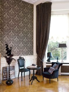 Bring English elegance to your living space with wallcoverings from Eijffinger, Richmond Collection,Goodrich.
