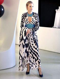 In Season 4 Serena van der Woodsen (Blake Lively) took a sartorial risk wearing a Jenny Packham gown.