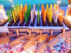 Cakepops en la mesa Shabby Rustic de Süss Pastelería