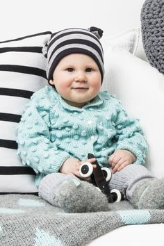 Novita patterns for babies, cardigan made with Novita Ipana yarn #novitaknits https://www.novitaknits.com/en
