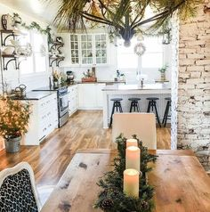 Cozy Apartment Decorating Ideas On A Budget 56 - Home Decor Design Style At Home, Cozy Apartment Decor, Green Apartment, Kitchen Design, Kitchen Decor, Kitchen Layout, Kitchen Interior, Room Interior, Kitchen Ideas