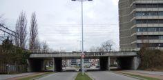 Spoorviaduct Nijenoord Utrecht - een spoorviaduct uit 1938-1939. Voor het spoor aan de noordzijde van de stad baanvak Utrecht-Blauwkapel zijn voor WOII al de verhoogde taluds met viaducten aangelegd. Dit viaduct behoort tot de eerste ongelijkvloerse spoorkruisingen. Het verhoogde spoor is pas gereed gekomen en opengesteld in 1952.