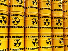 Toxic waste barrels — Стоковая фотография #5706265