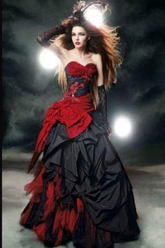 Harley Quinn would go sane for this killer dress