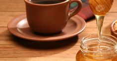 One of modern medicine's most celebrated 'miracle drugs' are steroids, but a double-blind, randomized clinical trial found that honey plus coffee outperformed prednisolone in treating symptoms of post-infectious, persistent cough. Cold And Cough Remedies, Home Remedy For Cough, Flu Remedies, Health Remedies, Honey For Cough, Coffee Tasting, Natural Home Remedies, The Cure, Honey