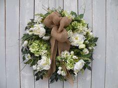 Hydrangea Wreath, Burlap Wreath, Designer Wreath, Front Door Wreath, Home Decor, Spring Wreath, Garden Wreath, Summer Wreath