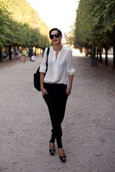 note to self (classic: red lips + deep side part + black bag + glasses + white blouse + black open toed + black harem pants