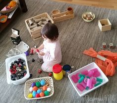 Mamilatte | Juego Heurístico Preschool Learning Activities, Sensory Activities, Infant Activities, Montessori Toddler, Montessori Toys, Reggio Emilia, Heuristic Play, Toddler Development, Activity Toys