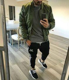 40 Ideias de jaquetas bomber - Moda masculina / Bugre Moda / Imagem: Reprodução