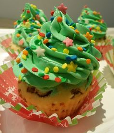 http://horadocupcake.blogspot.com.br/2010/12/cupcake-arvore-de-natal.html