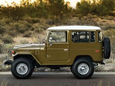 1977 Toyota FJ40 Land Cruiser. Restored by Finishing Touch out...