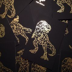 One of our favourite things ever is seeing your #MOOcards all over the internet. To celebrate the launch of our new Tailored design templates, here's a selection of Gold Foil cards that gave us serious goosebumps. Tee-Rex London-based clothing brand Tee-Rex have used fine gold lines to outline the graphic illustrations of dinosaurs that have […]