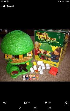 Memories of Christmas past. 1960s Toys, Retro Toys, Vintage Toys, 1980s, My Childhood Memories, Childhood Toys, Radios, Buy Toys, 90s Cartoons
