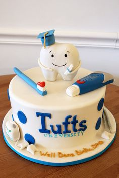 Graduation Cakes – Class of 2017 Dental Cake, Cake Paris, Tooth Cake, School Cake, Apple Smoothies, Specialty Cakes, Savoury Cake, Cute Cakes, Themed Cakes