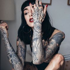 Pin for Later: 30 Badass Female Tattoo Artists to Follow on Instagram ASAP Hannah Pixie Snowdon