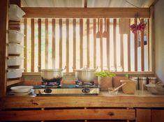 38 Trendy Home Renovation Interior Modern Kitchen Interior, Modern Interior, Bamboo House Design, Dirty Kitchen, Simple Kitchen Design, Trendy Home, Traditional Decor, Bars For Home, Home Renovation