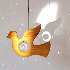 Wooden Projects, Projects For Kids, Paper Christmas Decorations, Holiday Decor, Wood Kids Toys, Scroll Saw Patterns, Fused Glass Art, Sun Catcher, Wood Art