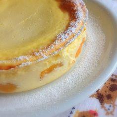 Mini-Käsekuchen ohne Boden: 500 Speisequark 3 Eier 200 g Milch 1 Paket Vanillepuddingpulver 100 g Zucker 1 TL Zitronenabrieb Saft einer halbe… Low Carb Desserts, No Bake Desserts, Baking Recipes, Cake Recipes, Vanilla Pancakes, Good Food, Yummy Food, Sweet Bakery, Mini Muffins