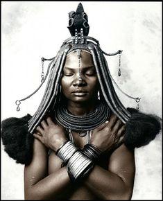 Katukula (18), Picture 2 Himba Tribe, Namibia | Bernheimer Fine Art Photography