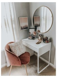 Room Ideas Bedroom, Bedroom Designs, Home Bedroom, Master Bedroom, Desk In Bedroom, Apartment Bedroom Decor, Bedroom Ideas For Small Rooms, Bedroom Red, Bedroom Furniture
