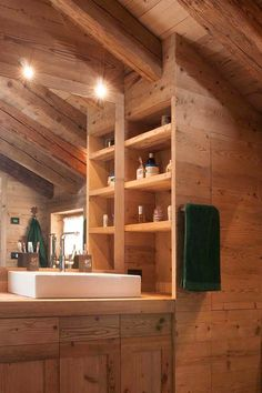 Bathroom Design: reclaimed old fir covering and furniture, reclaimed old larch flooring. Bagno: rivestimento e arredamenti in abete antico di recupero, pavimento in larice antico di recupero.   #bathroomdesign #reclaimedwood #wood #fir #oldwood #mountainchalet #alps #luxurydesign #interiordesign #homedecor #design #woodlovers #legnoantico #legnodirecupero #abete #bagno #madeinitaly Dream Furniture, Mountain Homes, My Dream Home, Room Inspiration, Tiny House, Kitchen Design, Kitchen Cabinets, House Design, The Originals