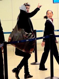 Airport Stunt'in Shot