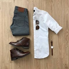 Tired struggling to find the perfect outfit in the morning? Here are some amazing OOTD Ideas for men to flaunt. Gq Style, Men Style Tips, Mode Style, Style Men, White Sneakers Outfit, Sneakers Fashion, Men Sneakers, Loafers Men, Running Sneakers
