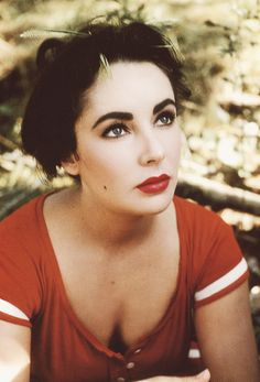 damelizabeth: Elizabeth Taylor in costume on the set of Raintree County, 1957