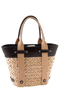 Beach Fun And Summer Looks 2018 Picture Description Nordstrom Straw Tote available at 27 Straw Bag Ideas to Complement Your Summer Look - My Bags, Purses And Bags, Sac Week End, Straw Tote, Basket Bag, Cute Purses, Handmade Bags, Fashion Bags, Leather Bag