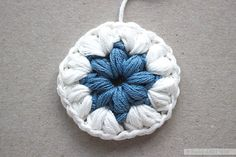 Triple Puff Granny Square   Free pattern + Tutorial by Emmy + LIEN
