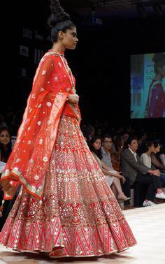 Anita Dongre at Lakme Fashion 2013 Winter Festive : The Jaipur Bride - Peachesandblush Indian Bridal Lehenga, Indian Bridal Fashion, Indian Bridal Wear, Indian Wedding Outfits, Indian Outfits, Indian Clothes, Indian Wear, Lehenga Designs, Ethnic Fashion