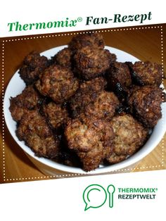 Oven meatballs by Greasy. A Thermomix ® recipe from the main course category . - Oven meatballs by Greasy. A Thermomix ® recipe from the main course with meat category www. Crockpot Recipes, Keto Recipes, Albondigas, Snacks Für Party, Evening Meals, Meatball Recipes, Keto Dinner, Eating Plans, Seafood Recipes