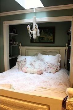 Never thought of using master closet as bed nook but then we could see fireplace! My Sweet Savannah: ~an eclectic beach bungalow~ Bed Nook, Bedroom Nook, Girls Bedroom, Bedroom Decor, Bedroom Ideas, Master Bedroom, Murphy Bed Ikea, Murphy Bed Plans, Bed In Closet