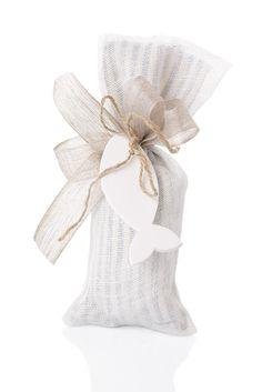 Sacchetto double double cotone rigato+rete di lino con decoro pesce in gesso 9 confetti dove comperare