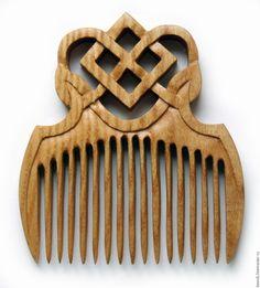 Купить Обережный деревянный гребень МАКОШЬ - коричневый, деревянный гребень, обережный гребень, макошь, ясень