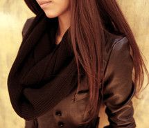 Inspiring image brown hair, fashion, girl, jacket, sjaal #319479 - Resolution 500x333px - Find the image to your taste