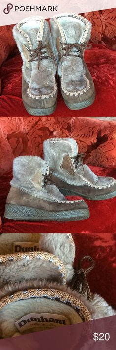 Vintage Nordic Sherpa Apres ski boots. 70s leather and faux fur. Woman's size 8 but will fit 8.5.  Some fraying on the piping on top but is not noticeable and meshes with the character of the boot durham Shoes Ankle Boots & Booties