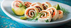 Kolde tortillaruller med laks og stærk wasabi, der er nemme at lave og sjove at servere. En velsmagende snack til drinks eller som fingermad til buffeten sammen med dine andre favoritter.
