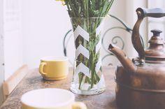 DIY Painted Arrow Vase - offbeat + inspired