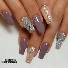 40 Fabulous Nail Designs That Are Totally in Season Right Now - clear nail art designs,almond nail art design, acrylic nail art, nail designs with glitter Fancy Nails, Cute Nails, Pretty Nails, My Nails, Elegant Nail Designs, Fall Nail Designs, Cute Nail Designs, Acrylic Nail Art, Acrylic Nail Designs