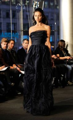 CARMEN MARC VALVO Fall 2011 Makes me think of Starry Night <3