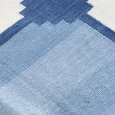 Gobi Collection Flat Weave Dhurrie Area Rug In Dark Blue And Gray